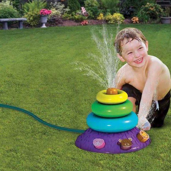 inflatable-ring-toss-sprinkler